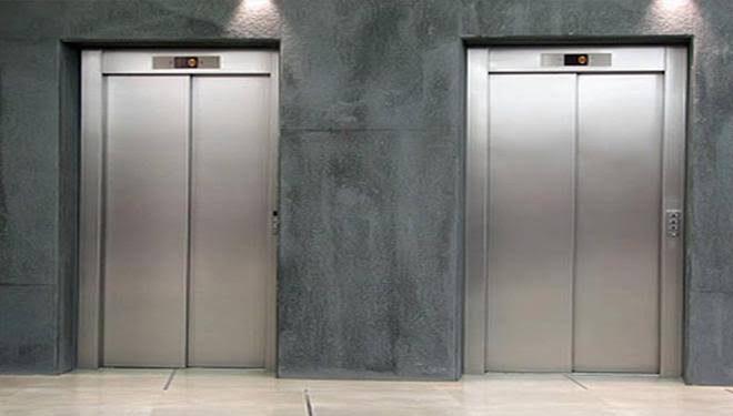 elevador do condomínio
